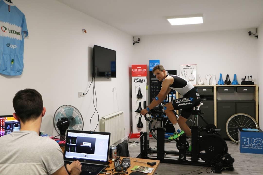 laboratoire étude posturale laser 3D Lucas Leblond veloutine
